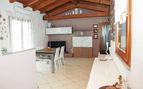 Recente appartamento con mansarda e garage a Tricesimo