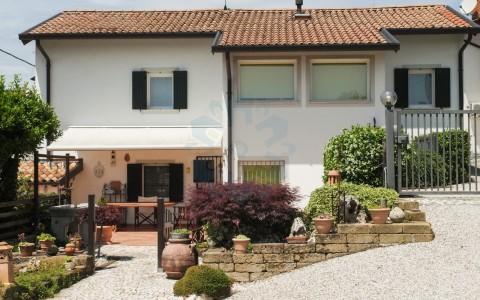 Casetta da sogno con ampio giardino a Tarcento